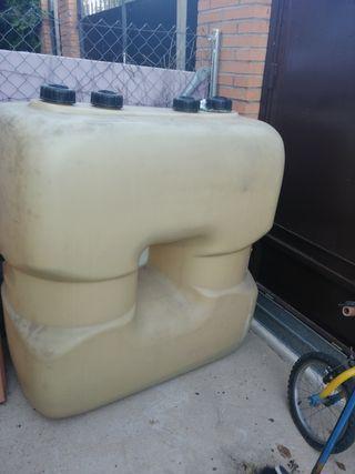 depósito de gas oil de 700 litros