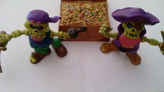 Figuras/muñecos de esqueletos piratas