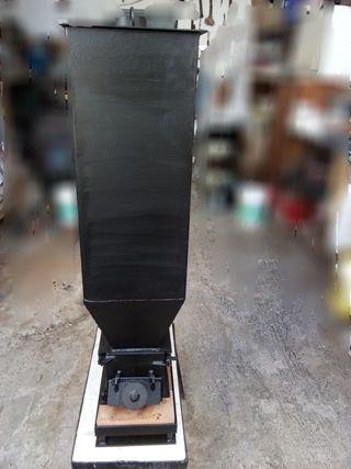 Estufa biomasa con radiador incluido