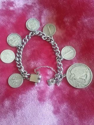 Pulsera plata de monedas americanas y 1 francesa