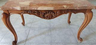 mesa baja mármol rojo y madera