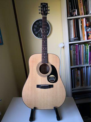 Guitarra acustica CORT