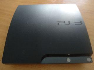 PS3 con mando y juegos