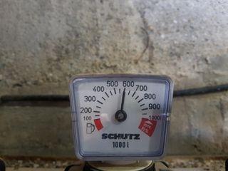 Depósito de gas oil de 1000 l con 600 l de gasoil