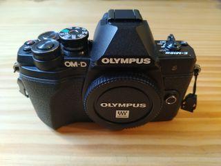 Cámara Olympus omd 10 mark iii + equipo completo