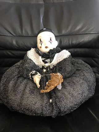 Muñeca Arlequín de porcelana