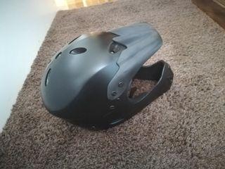 casco integral bici