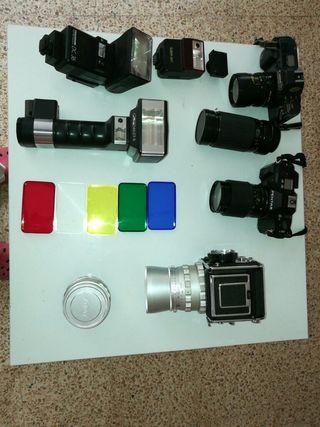 Conjunto de cámaras y objetivos analógicas
