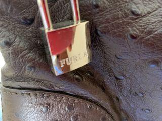 Bolso furla piel avestruz