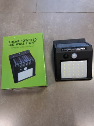 llum solar amb detector de moviment