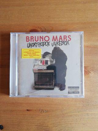 CD original de Bruno Mars.