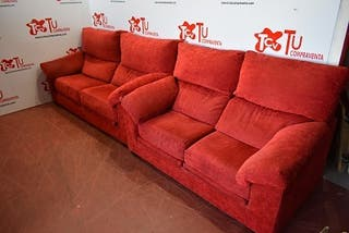 Sofa 3 y 2 plazas rojos