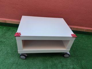 Mueble tv auxiliar blanco con ruedas de Ikea