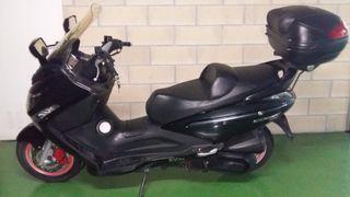 motocicleta scooter sym 300i gts evo