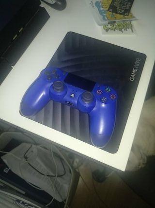 play 4 nueva 500gb con 2 mandos y juegos