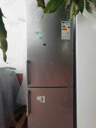 Frigorífico con Congelador LG