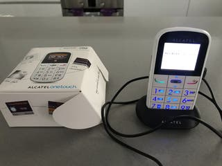 Teléfono Álcatel one touch 282