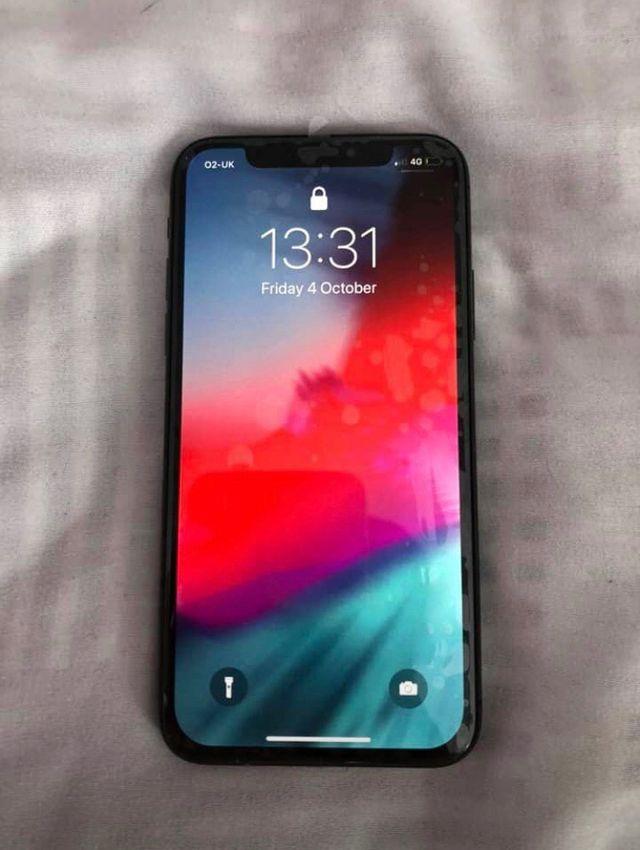 iPhone X £180