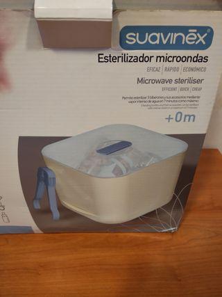Esterilizador para microondas marca Suavinex. Cabe
