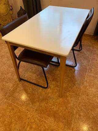 Mesa moderna, madera lacada blanca