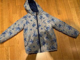 2 chaquetas , 1 reversible talla 9-10