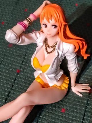 Figura One Piece: Nami. Con caja