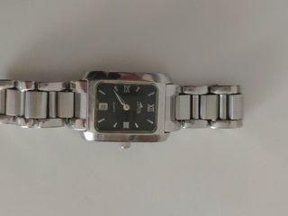 reloj de pulsera de señora lotus
