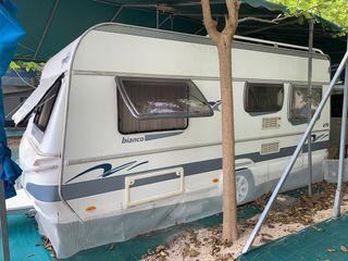 Caravana Fendt Bianco 470 TFB con ITV en regla.