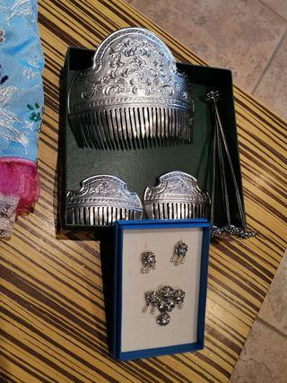 Conjunto de peinetas en plata niña