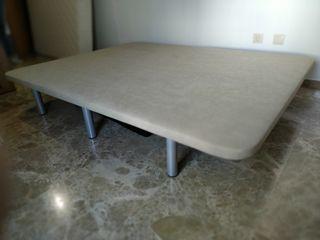 Somier / Base tapizada de 150*190, como nueva.