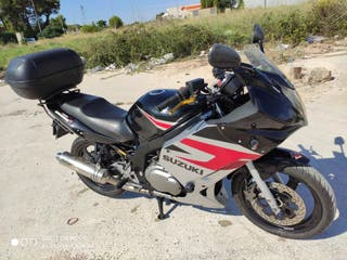 Suzuki gs500f