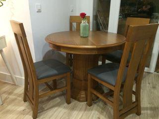 Conjunto Mesa extensible y 4 sillas de MADERA