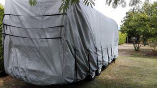 Cubierta para caravana