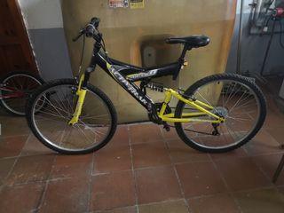 bicicleta de montaña de doble suspension