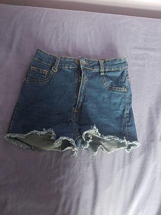 Shorts bershka talla 32