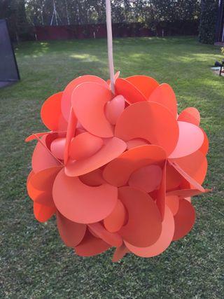 Lampara naranja geometrica