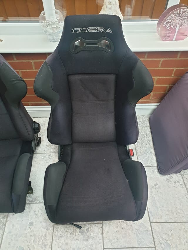 cobra race seats