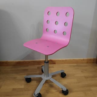 Silla rosa IKEA JULES ruedas escritorio estudio