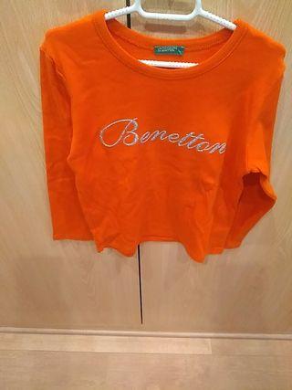 Camiseta de m/l Benetton.COMO NUEVA.