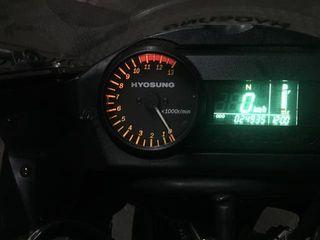 Hyosung gt 250 r 2011.