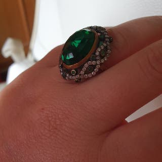 anillo nuevo plata piedra verde