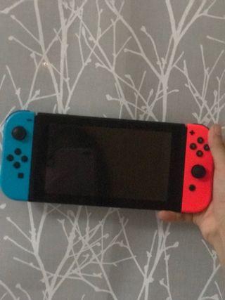 Nintendo Switch (azul y rojo)