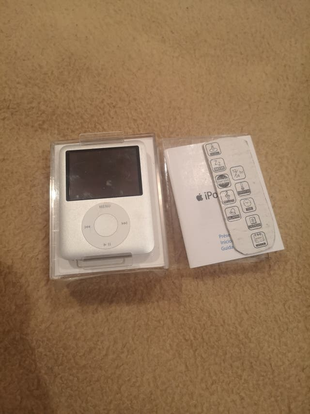 iPod nano NUEVO sin estrenar