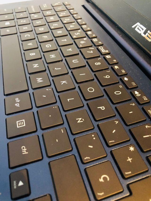 Ordenador Portátil Asus ZenBook UX430