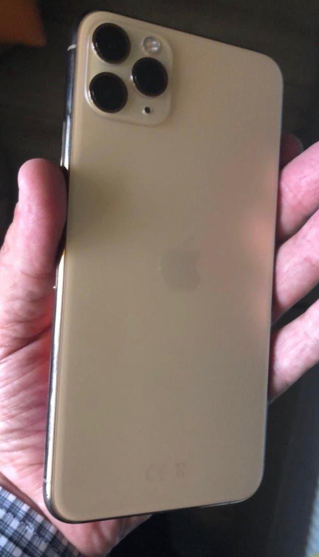 I phone 11 pro max 512gb