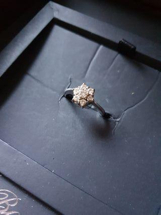 Bague Or blanc fleur de diamant