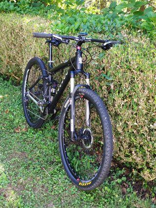 Bicicleta de montaña MTB doble suspensión