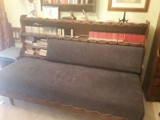 Rústico Sofá cama con estantería de madera