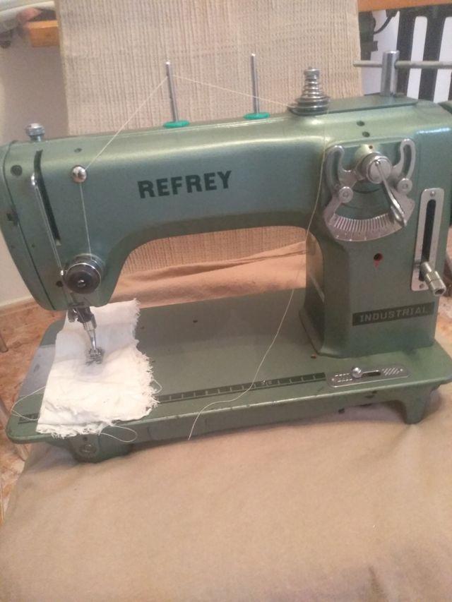 Maquina de coser Refrey industrial de segunda mano por 100