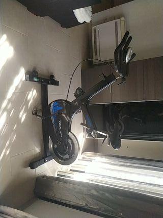 Bicicleta estática Salter Tour
